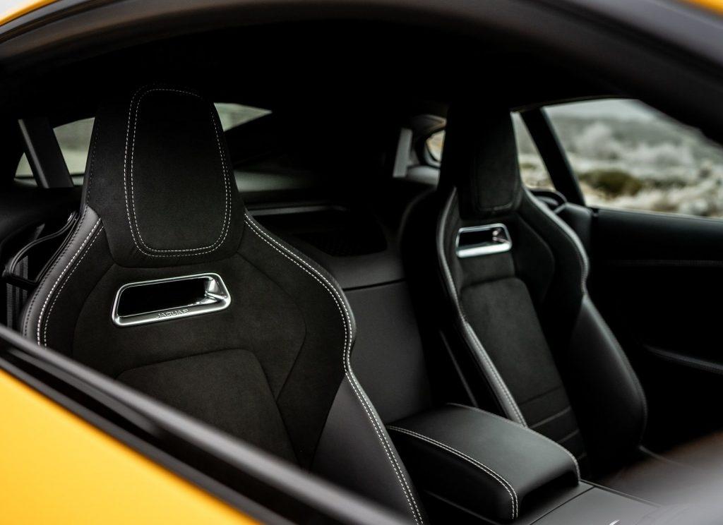 Jaguar F-Type, передние сиденья