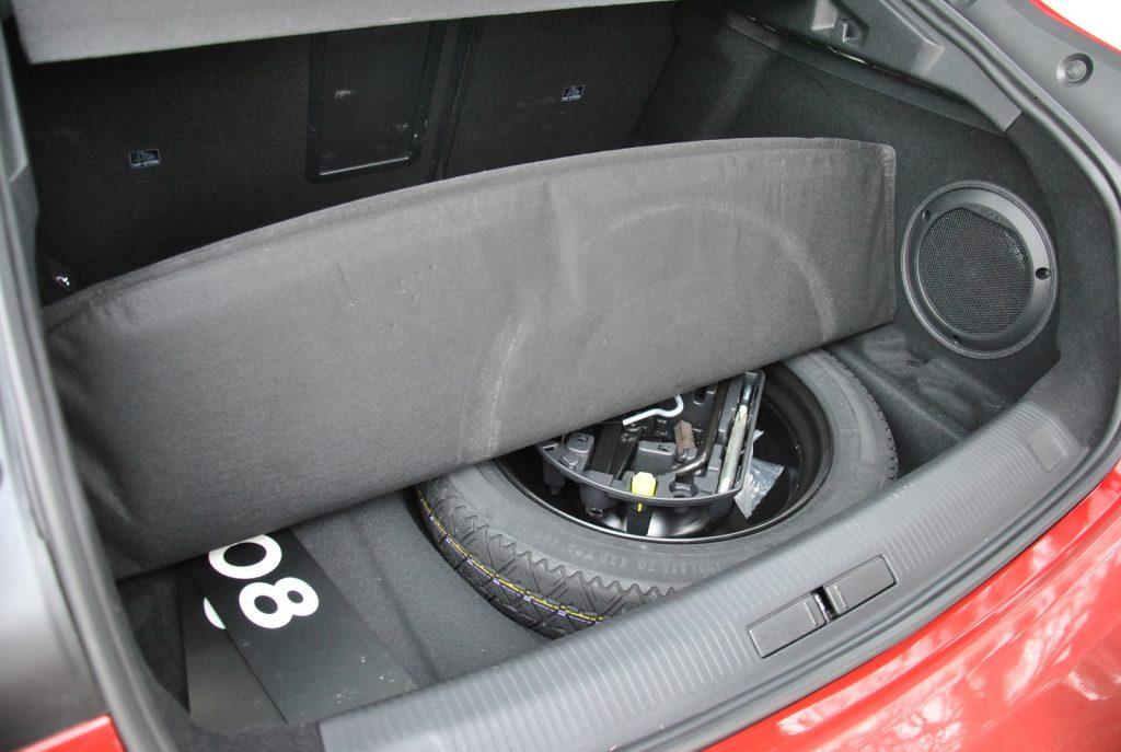 Peugeot 508, запасное колесо