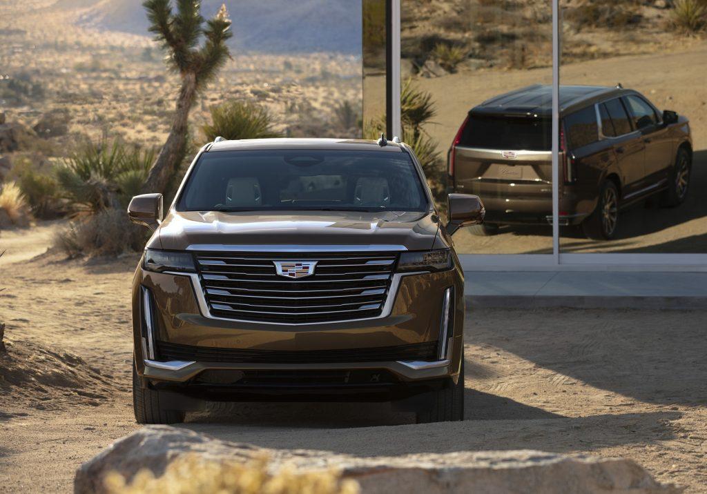 Cadillac Escalade 2020, вид спереди