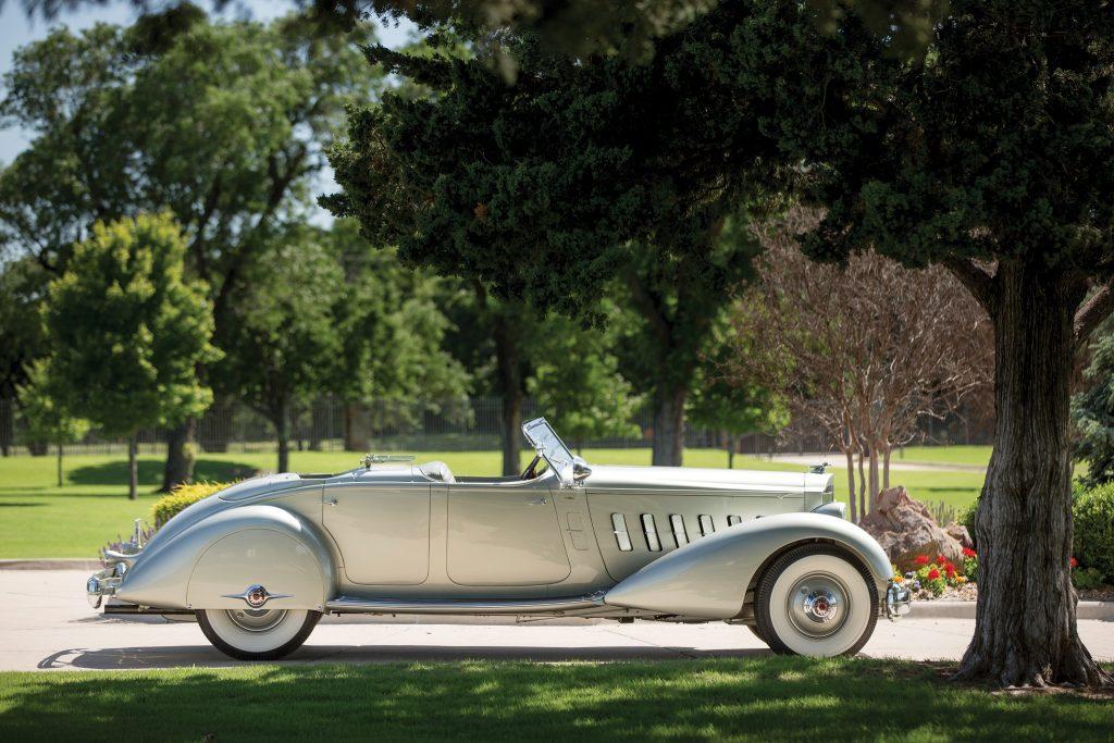 Фаэтон Packard Twelve с кузовом от LeBaron, 1934 год