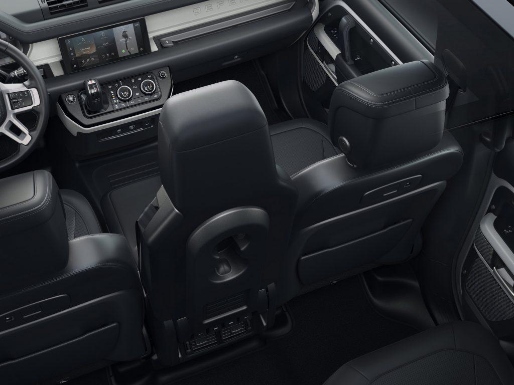 Land Rover Defender, передние сиденья