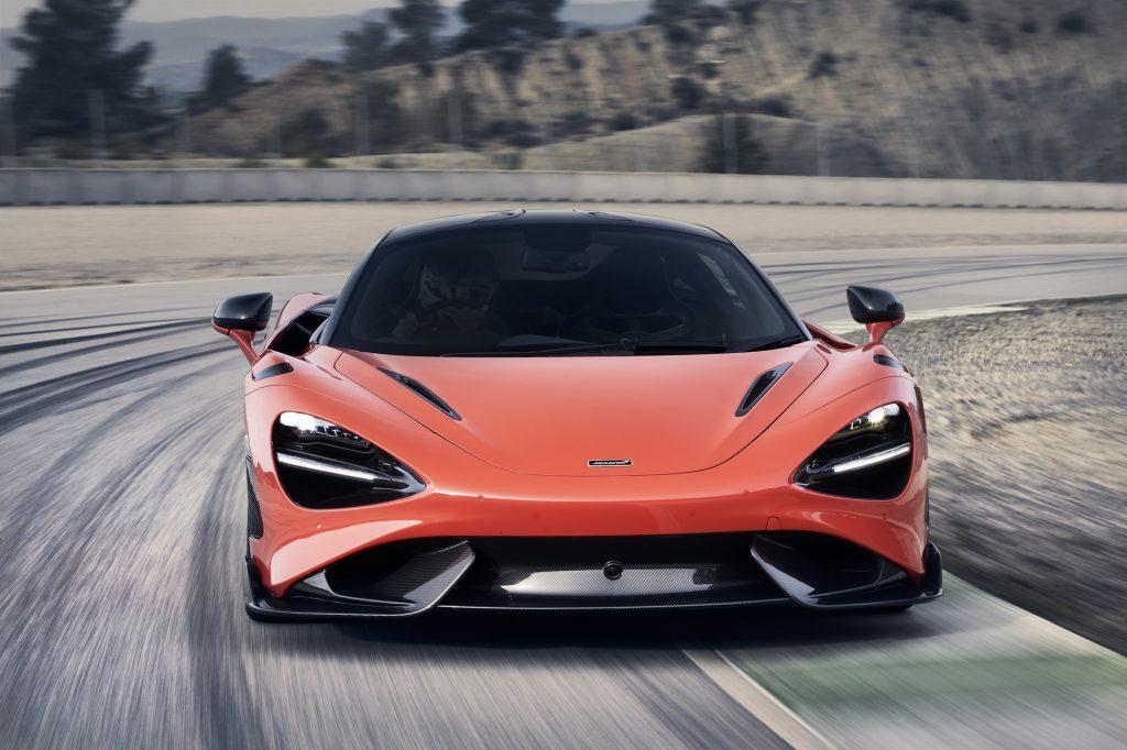 McLaren 765 LT 2020, вид спереди