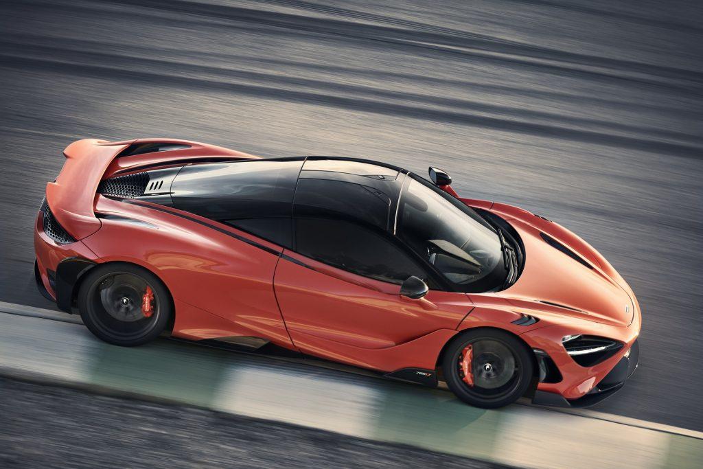 Новый McLaren 765 LT, вид сверху