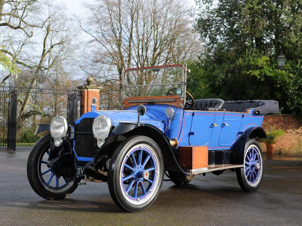 Packard Twin Six - первый в мире автомобиль с V12