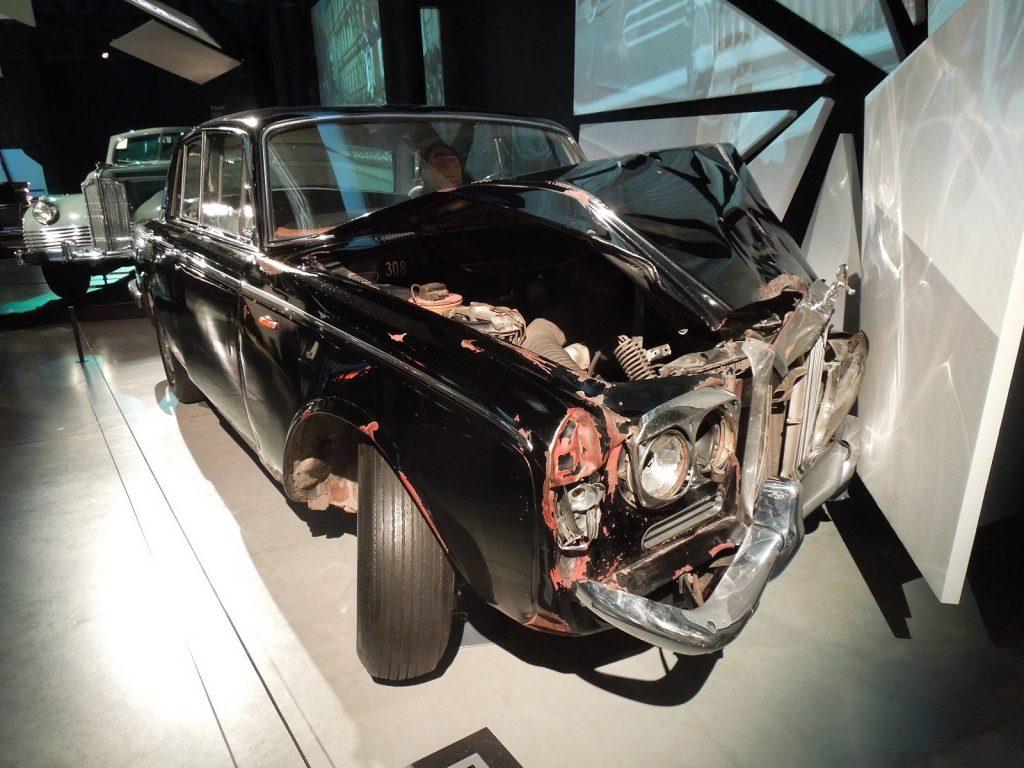 Разбитый Rolls-Royce Брежнева
