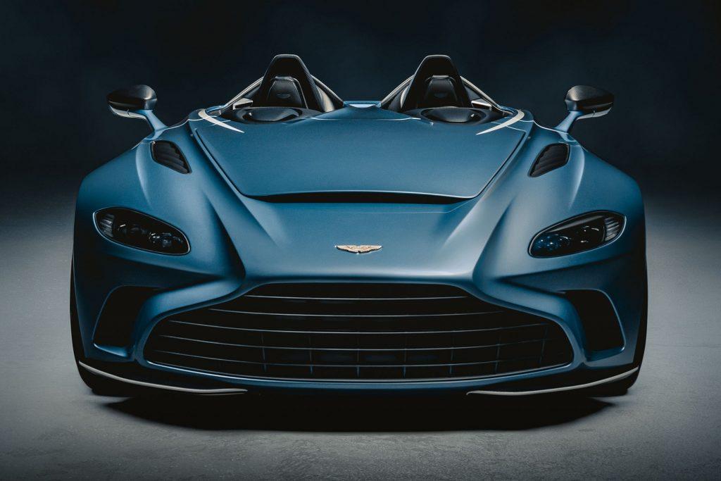 Aston Martin V12 Speedster 2020, вид спереди