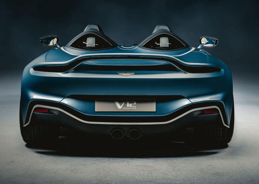 Новый Aston Martin V12 Speedster, вид сзади