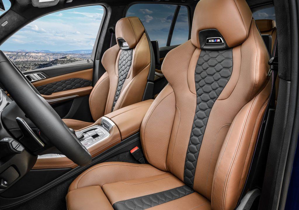 Новый BMW X5M, передние сиденья