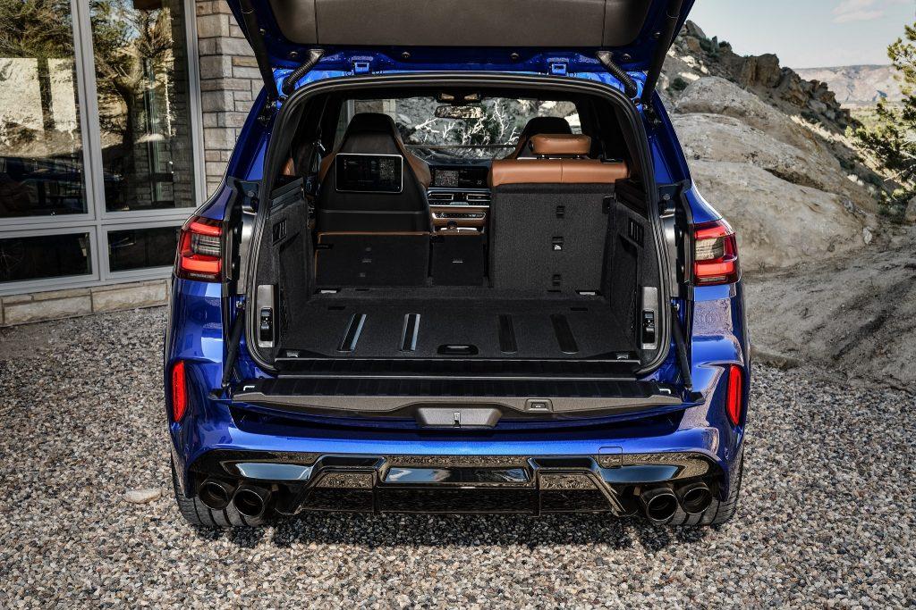 Новый BMW X5M, багажник