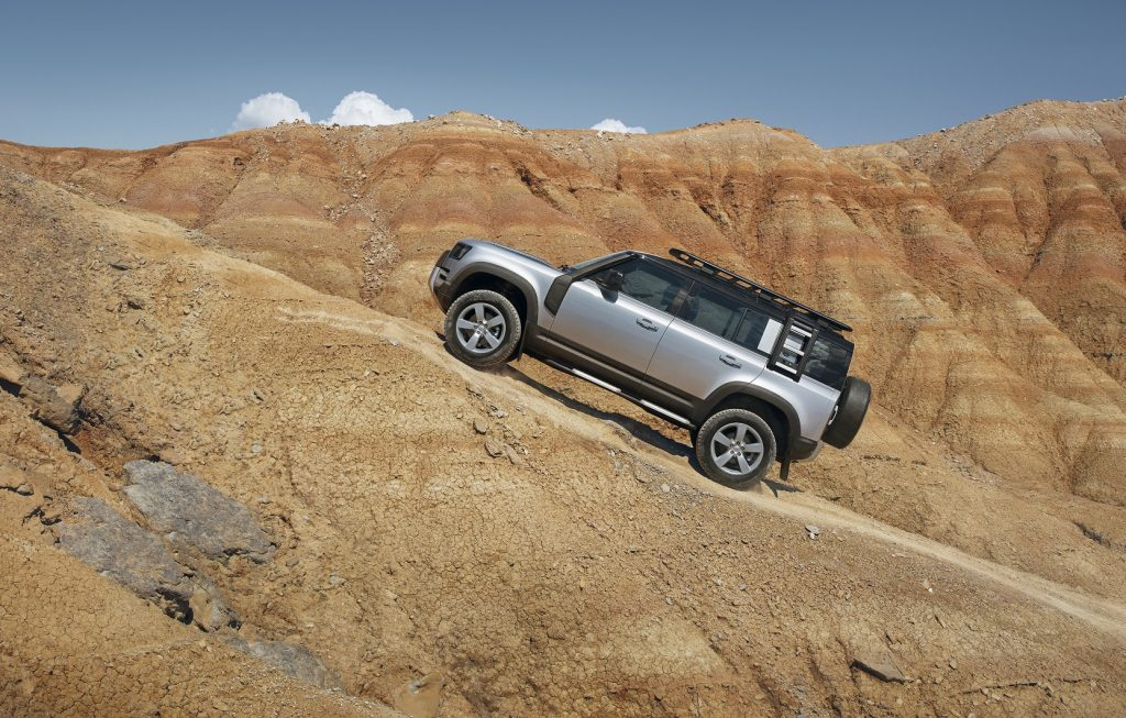 Land Rover Defender 2020, вид сбоку