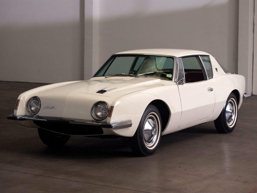 Studebaker Avanti 1964 года