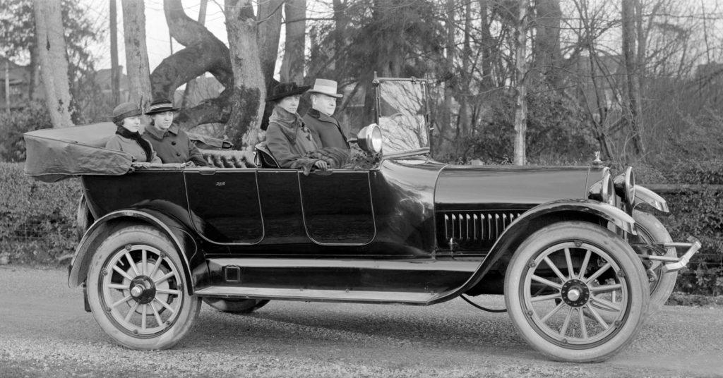 Studebaker Six 1917 года