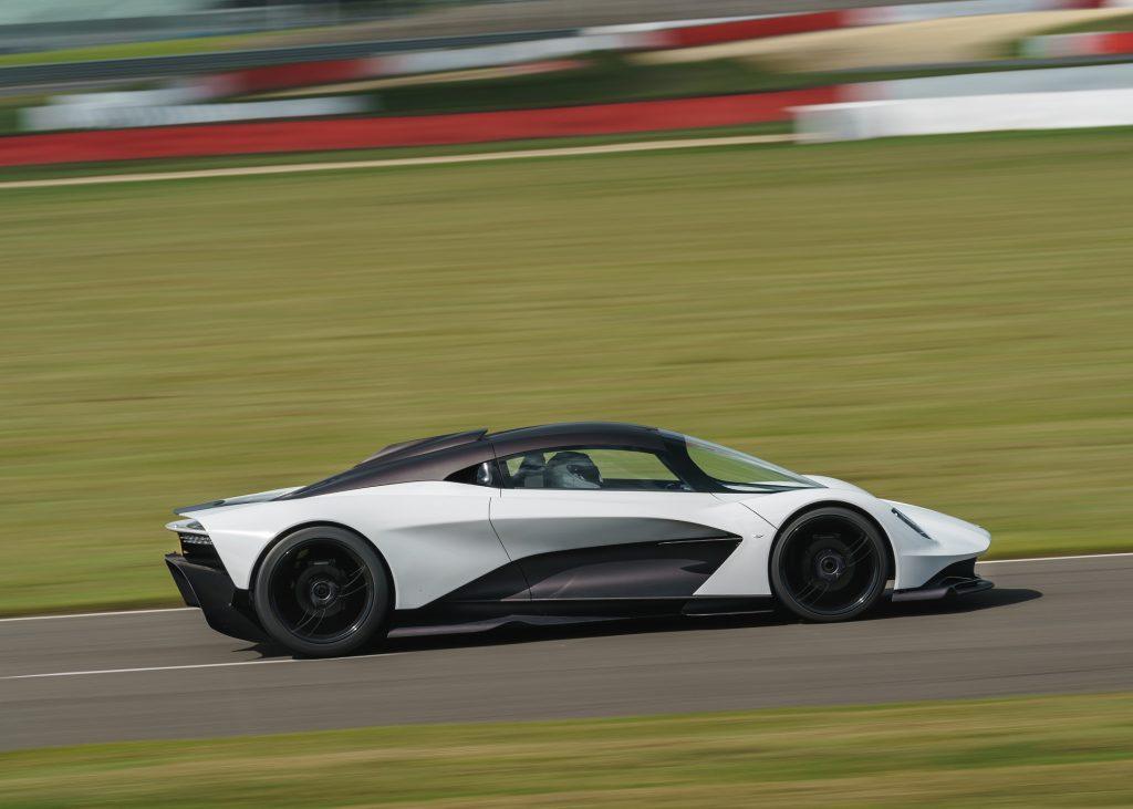 Aston Martin Valhalla 2020, вид сбоку