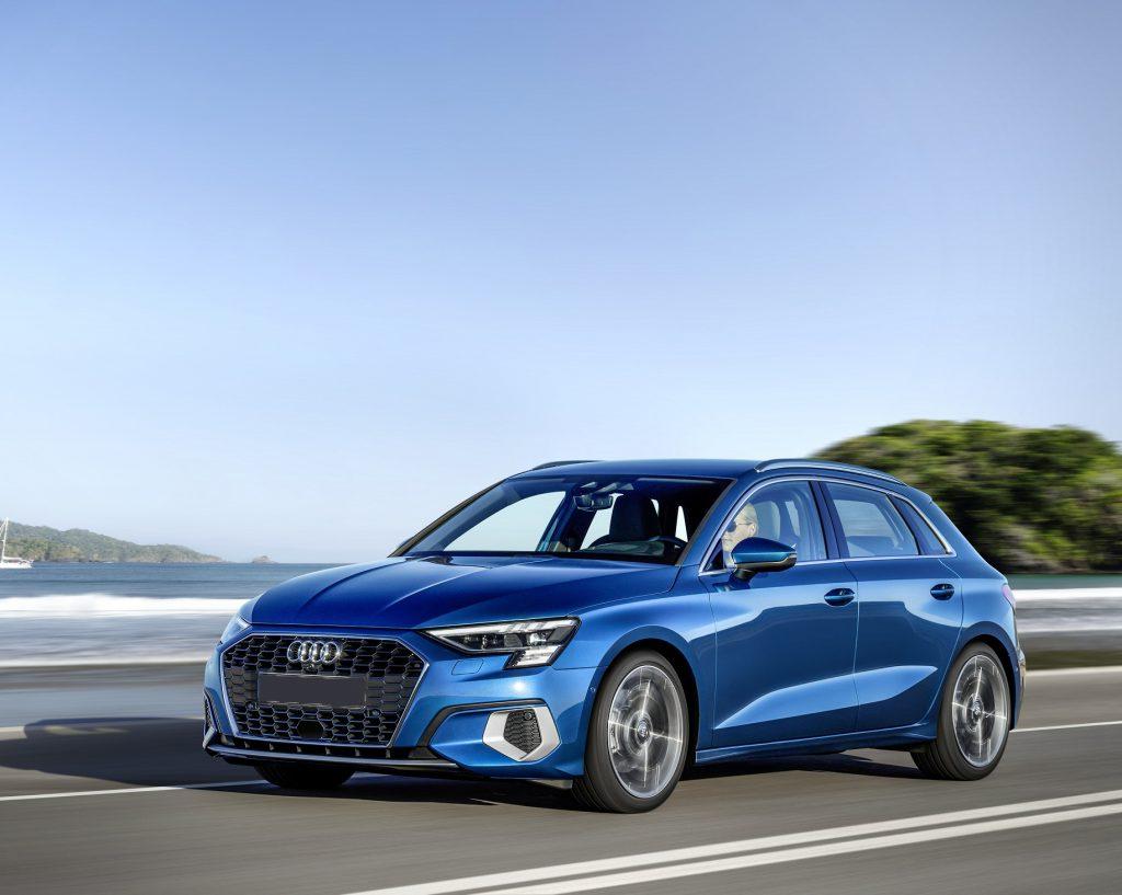 Audi A3, вид на переднюю диагональ