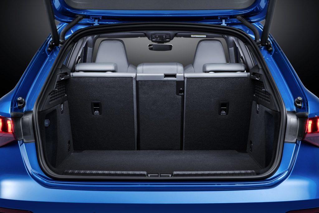 Новый Audi A3, багажник