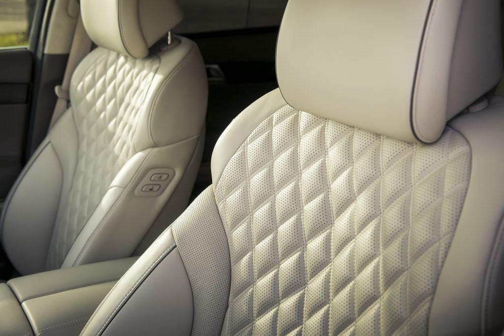 Новый Genesis GV80, передние сиденья