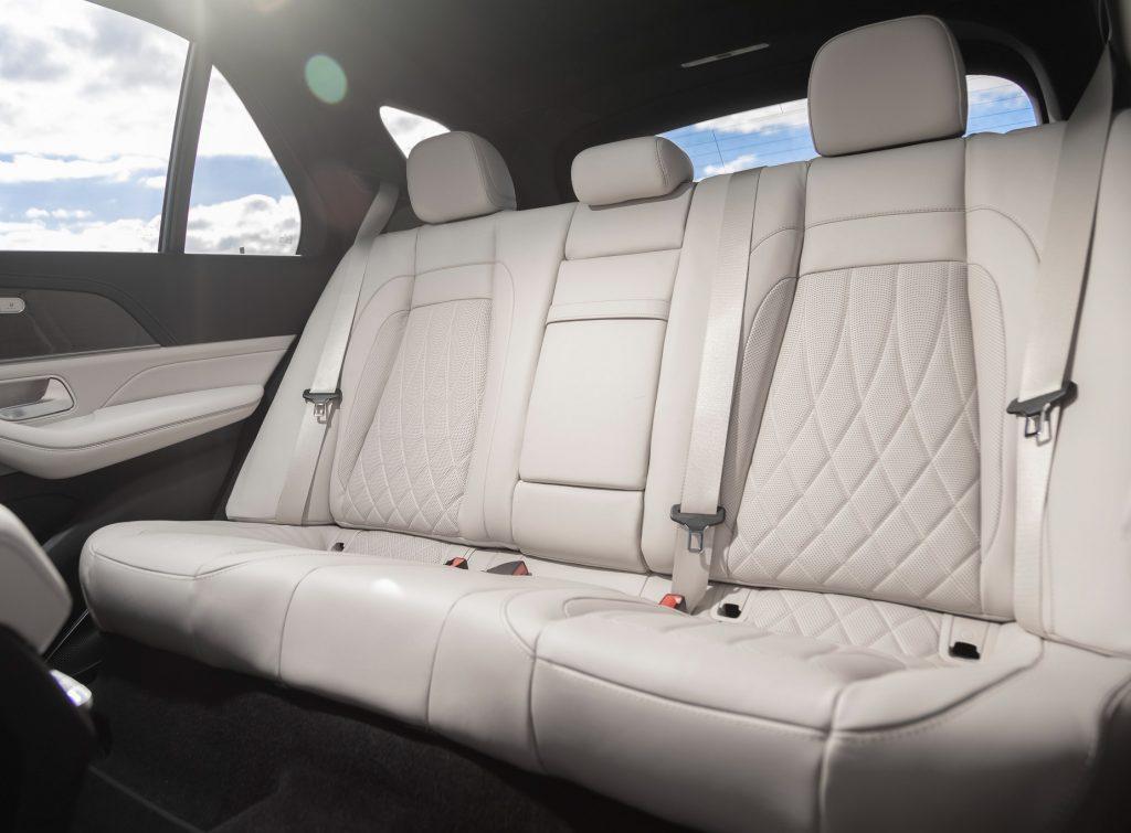 Mercedes-AMG GLE63 2020, задние сиденья