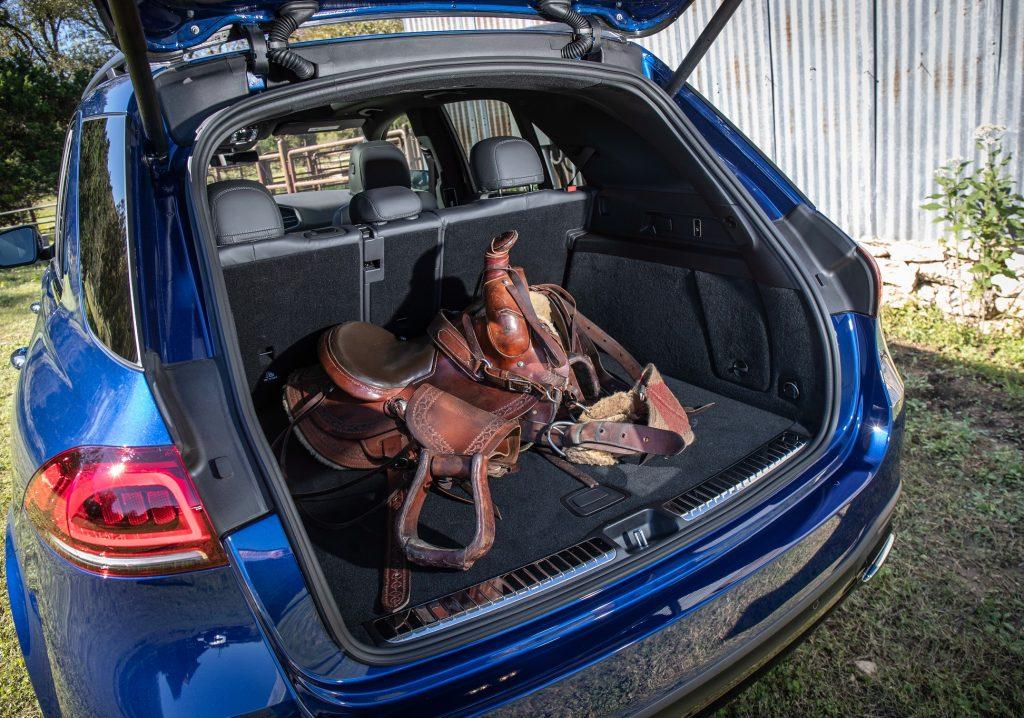 Mercedes-AMG GLE63 2020, багажник