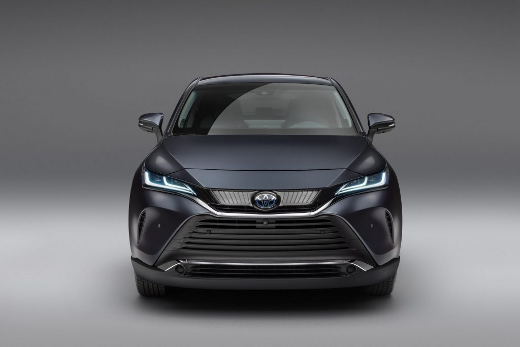 Toyota Venza 2020, вид спереди