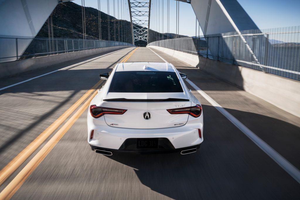 Acura TLX 2020, вид сзади