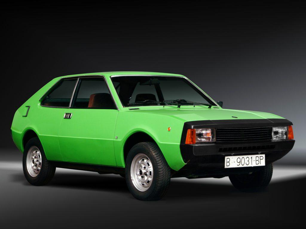 SEAT 1200 Sport - первая самостоятельная модель марки