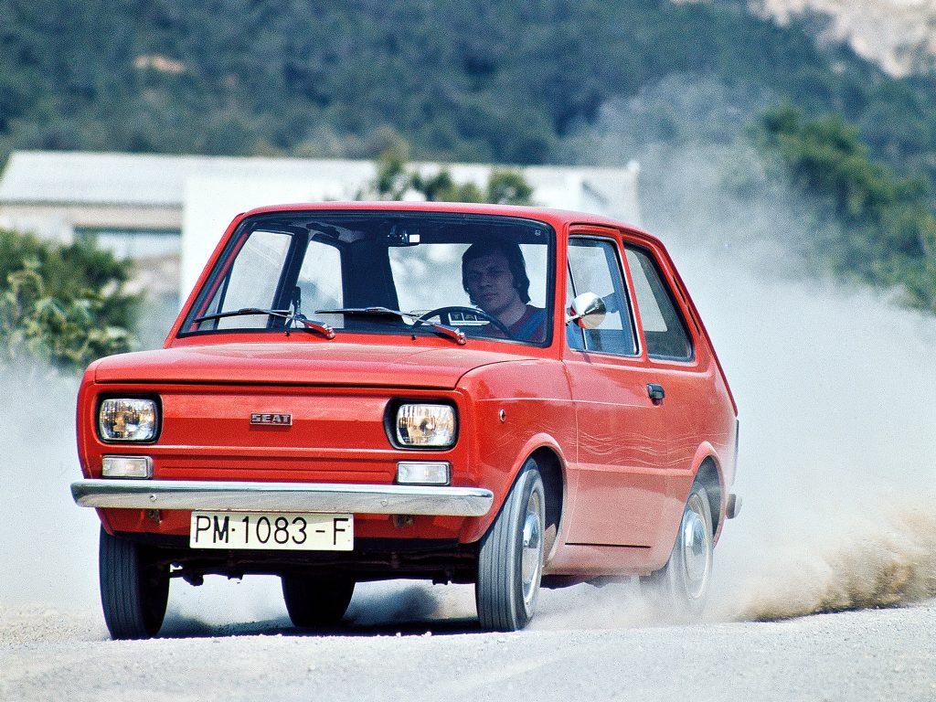 SEAT 133 1974 года