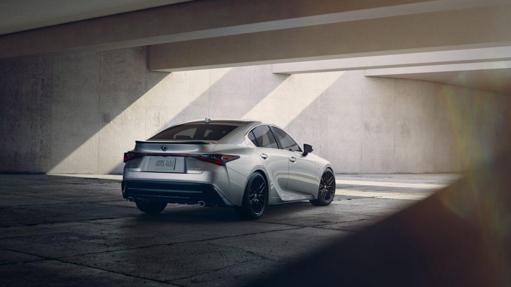 Lexus IS (5)