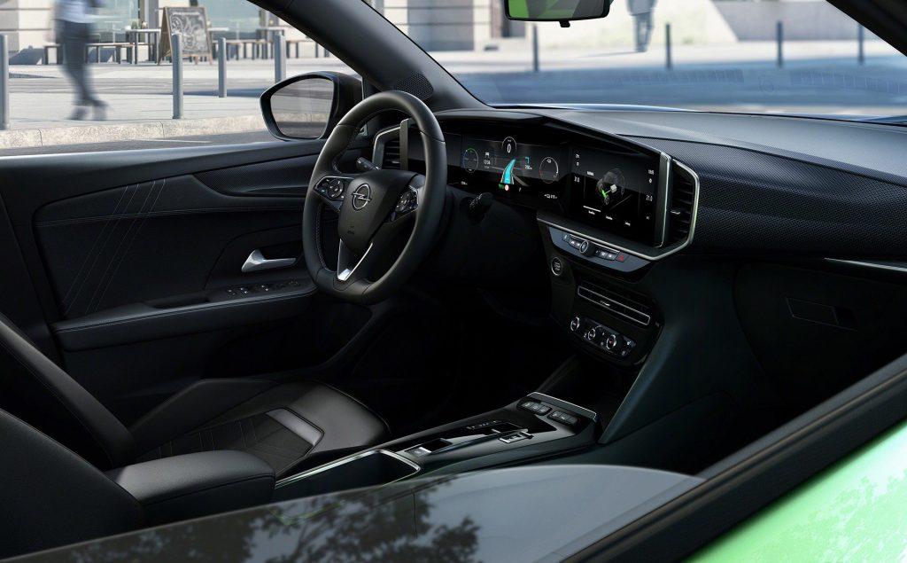 Новый Opel Mokka, салон