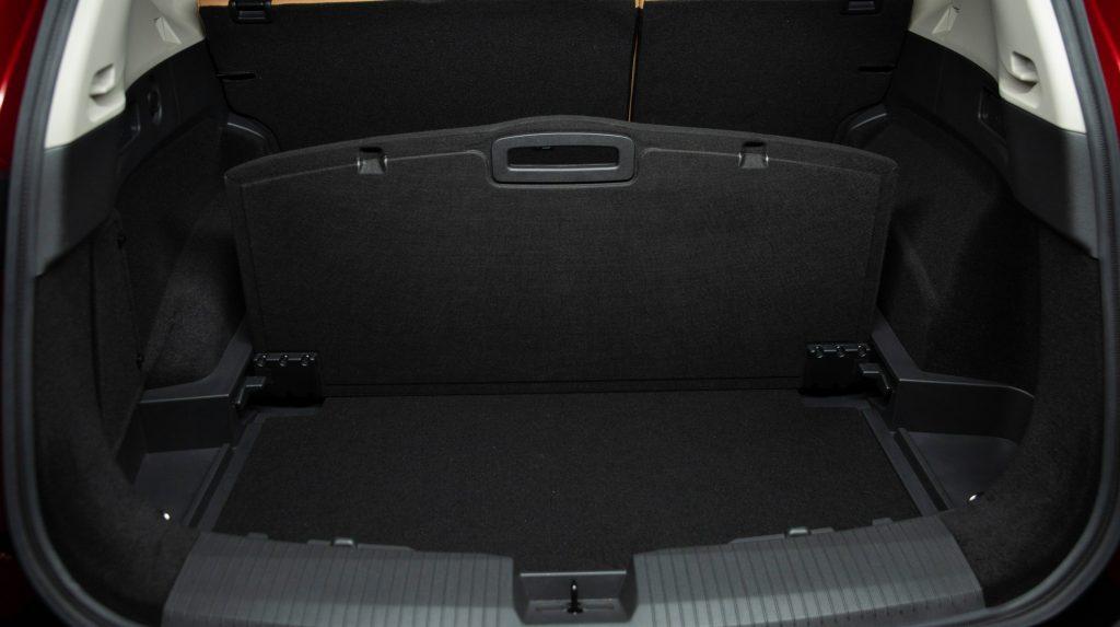 Nissan X-Trail 2020, багажник
