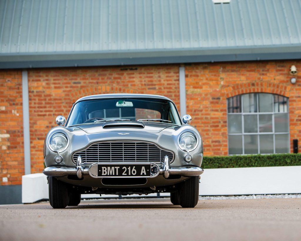 Aston Martin DB5 2020, вид спереди