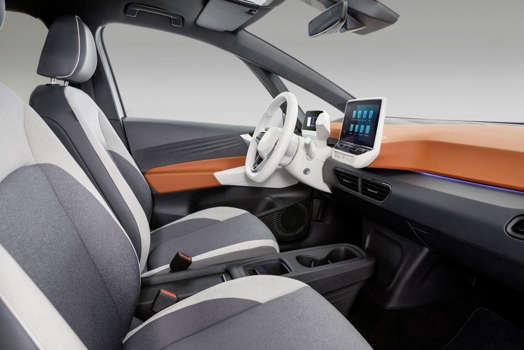 Новый Volkswagen ID.3, передние сиденья