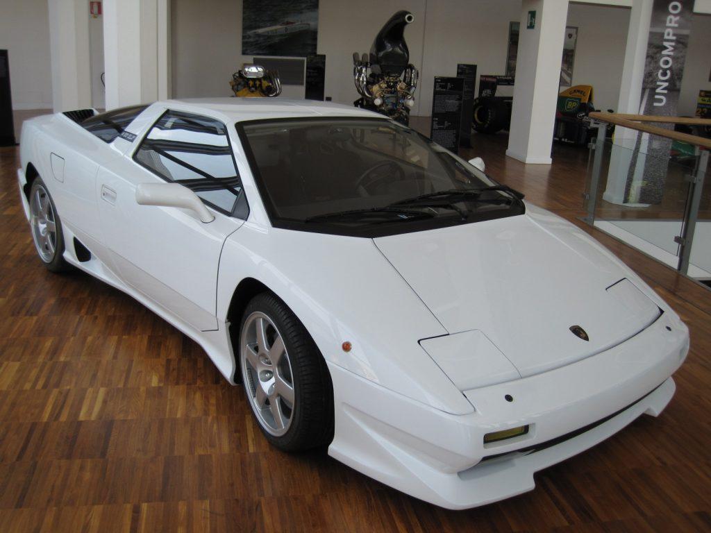 Lamborghini P140 1989 года