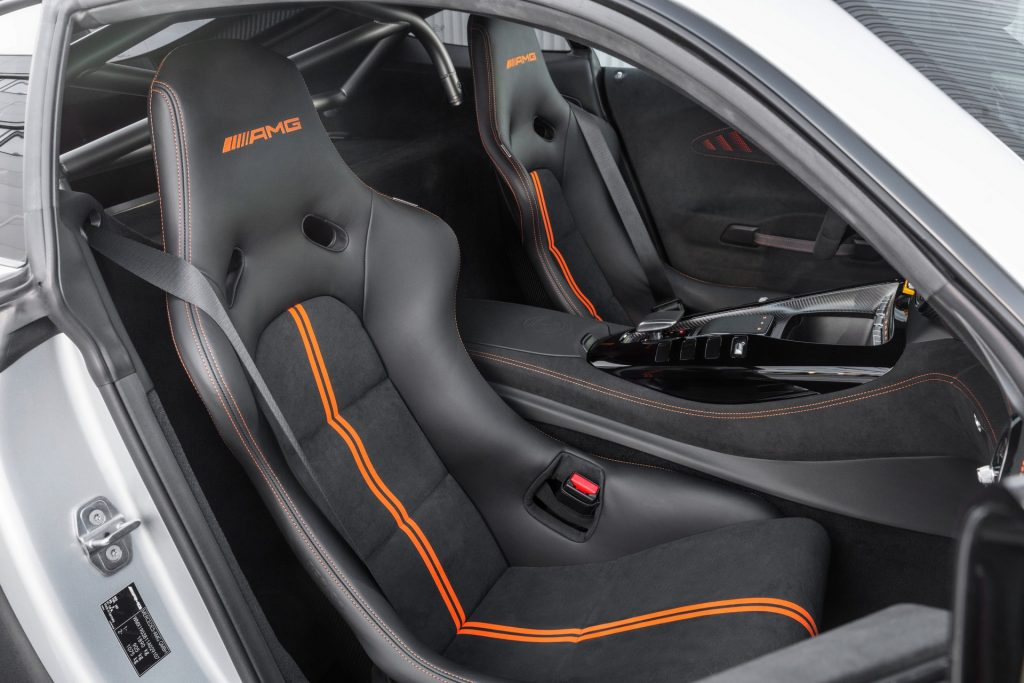 Mercedes-AMG GT R Black Series 2020, сиденья