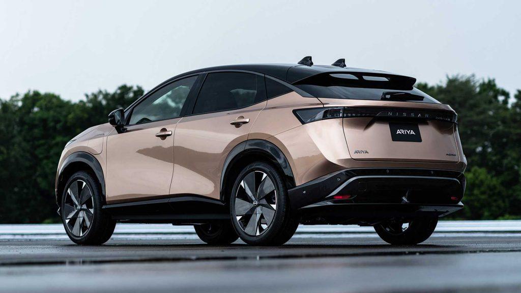 Nissan Ariya 2020, вид сзади
