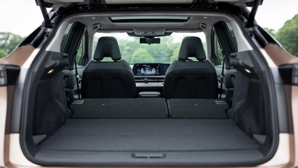 Электромобиль Nissan Ariya, багажник