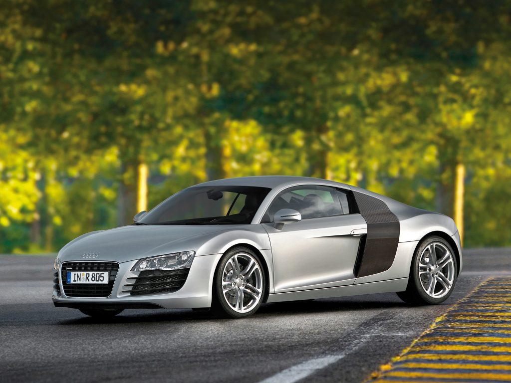 Audi R8 - немецкий брат Lamborghini Gallardo