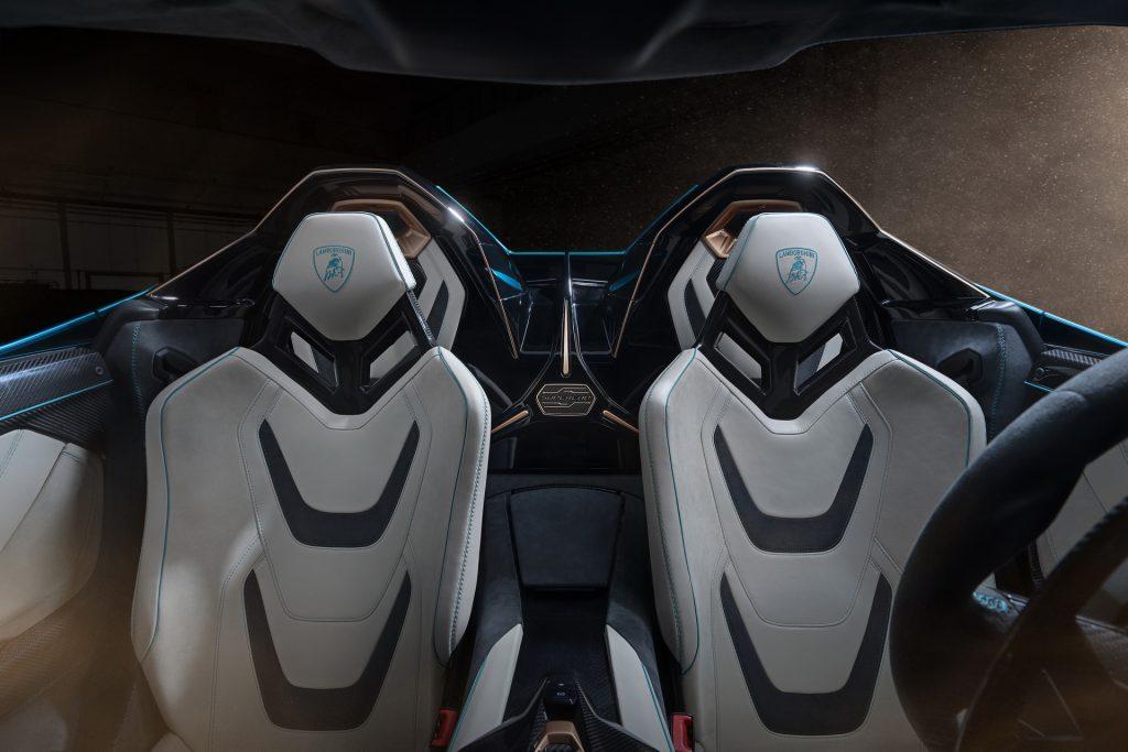 Новый Lamborghini Sian Roadster, сиденья