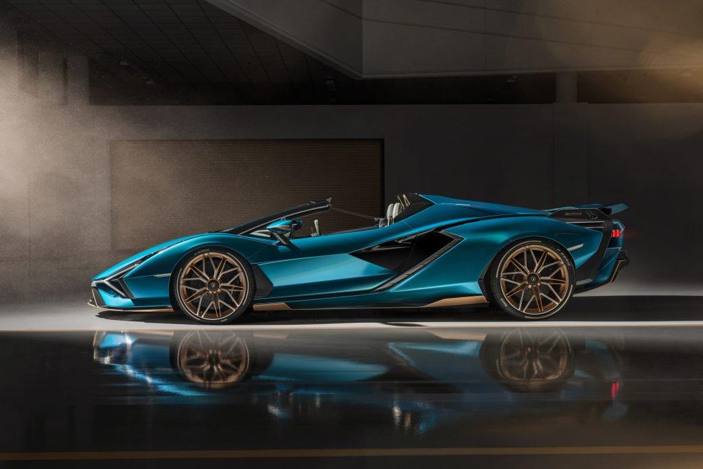 Lamborghini Sian Roadster 2020, вид сбоку