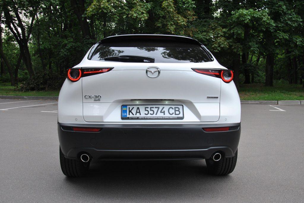 Mazda CX-30 2020, вид сзади