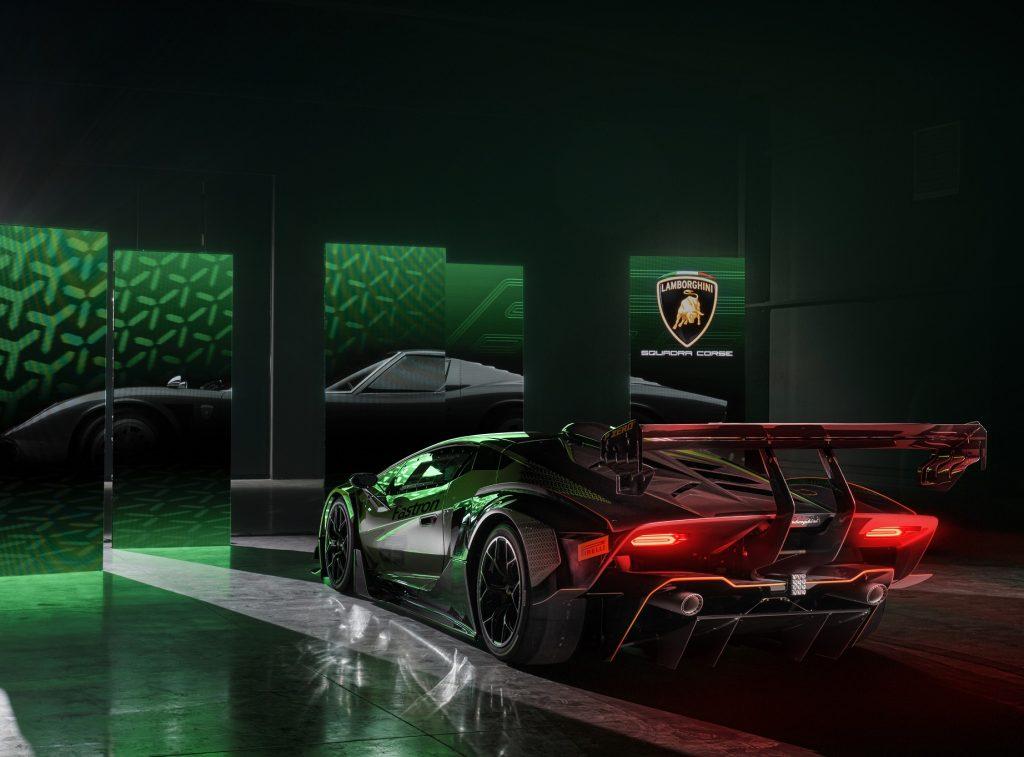 Lamborghini Essenza SCV12, вид сзади