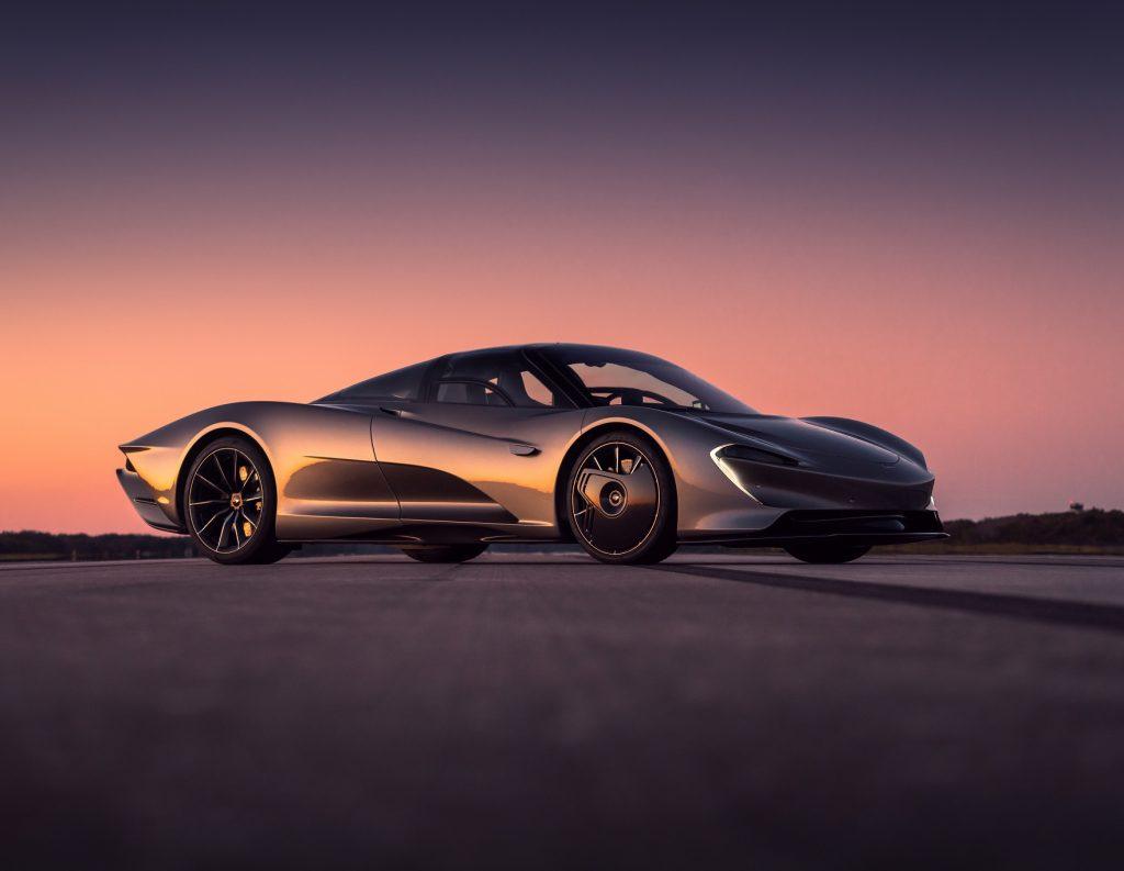 McLaren Speedtail, вид на переднюю диагональ