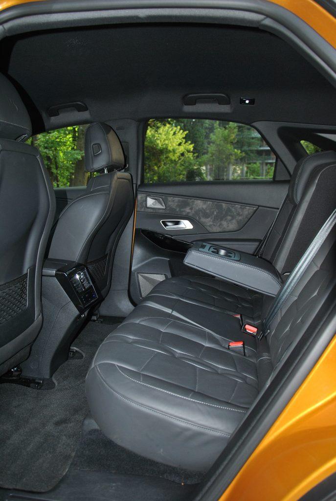 DS7 Crossback, задние сиденья