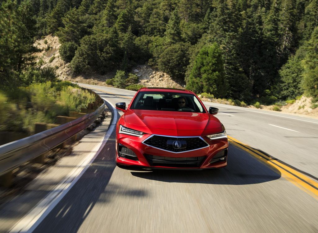 Acura TLX 2020, вид спереди