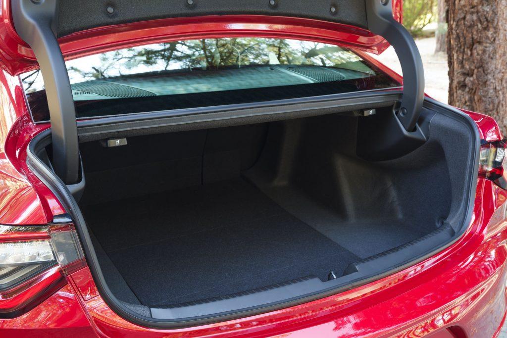 Acura TLX 2020, багажник