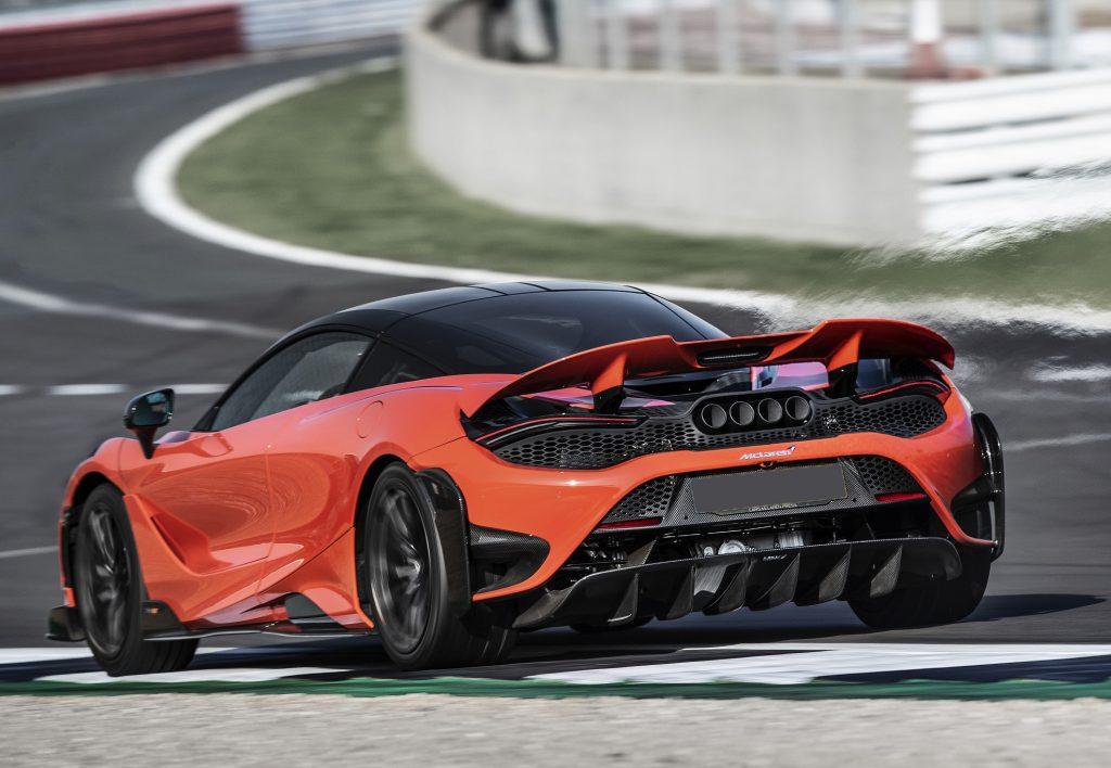 McLaren 765LT 2020, вид сзади