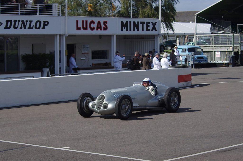 Сверхмощный Mercedes W125 1937 года