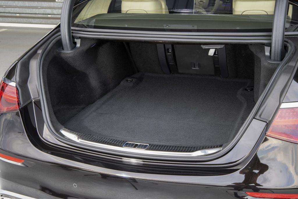 Новый Mercedes-Benz S-Class, багажник