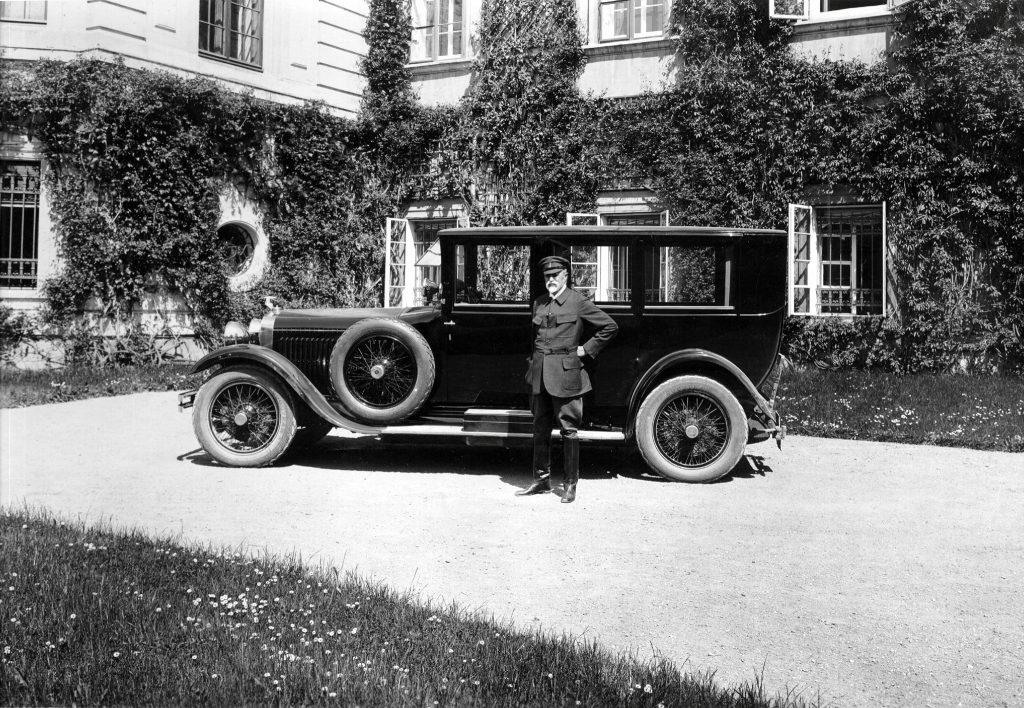 Президент Чехословакии Томаш Гариг Массарик и его Škoda Hispano-Suiza H6
