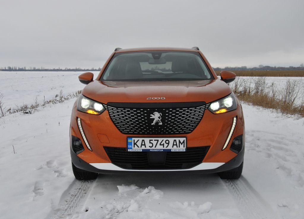Peugeot 2008 2020, вид спереди