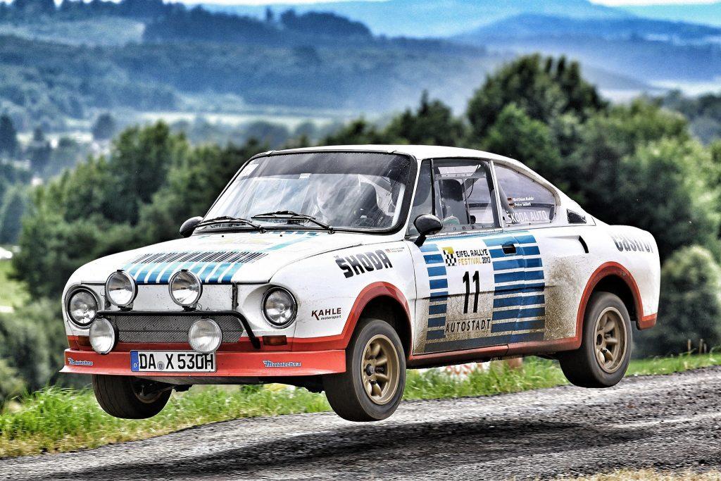 Skoda 130 RS успешно показала себя в ралли и кузовных чемпионатах